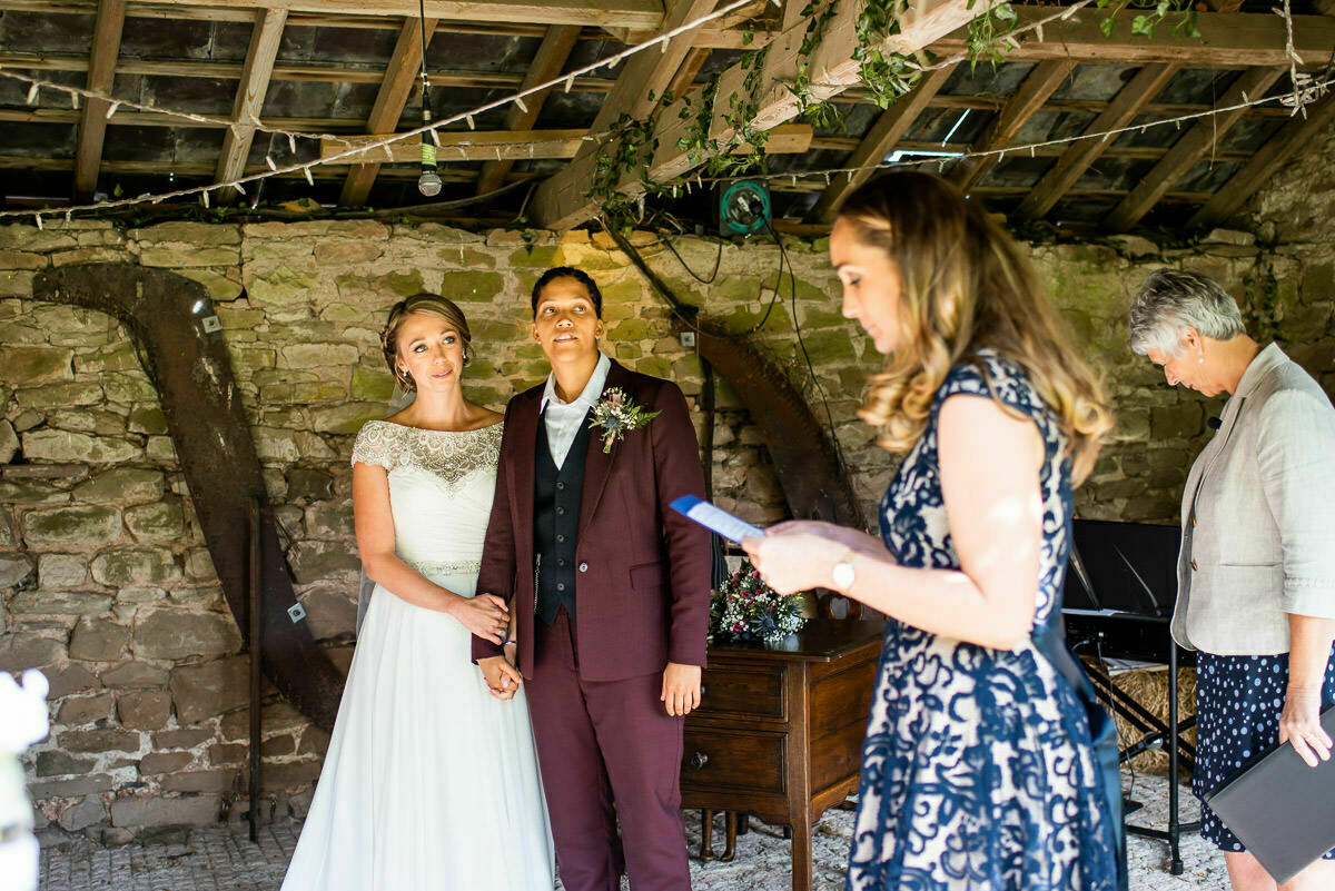 lyde court wedding ceremony