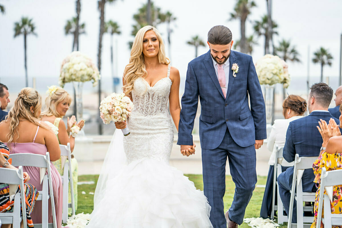 Just married at Huntington Beach, Los Angeles