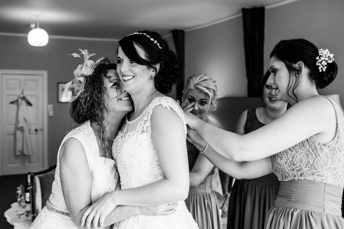 Bride getting ready at Brinsop court