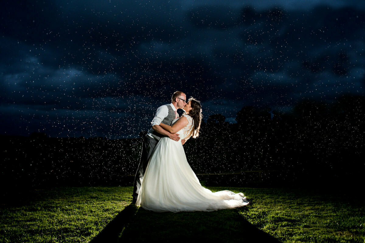 Lyde court wedding in the rain
