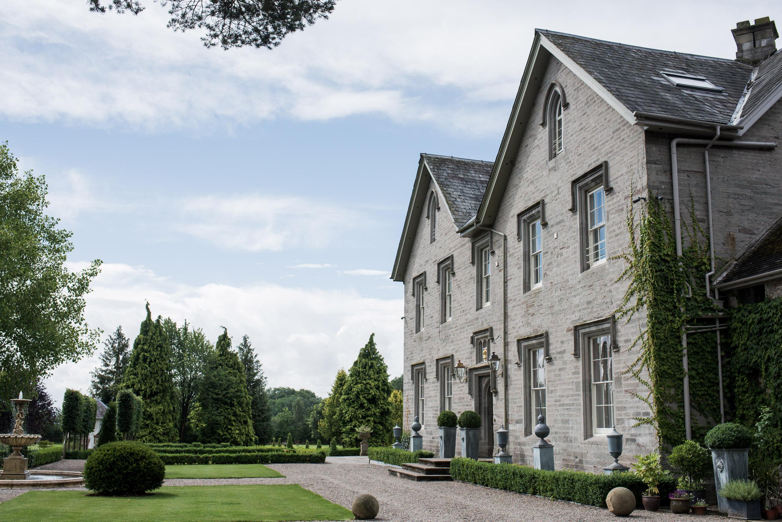 Lemore Manor wedding venue