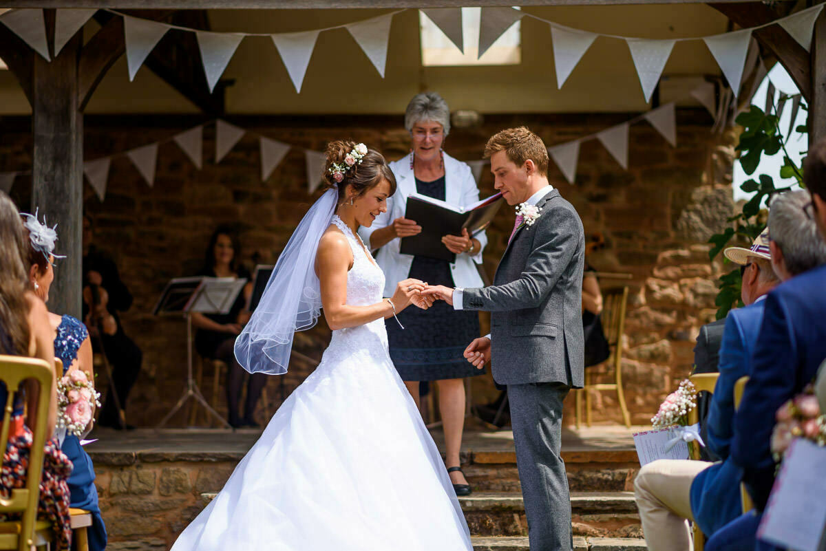 exchanging rings, Lyde Arundel