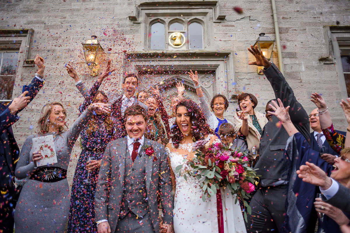 Lemore Manor confetti